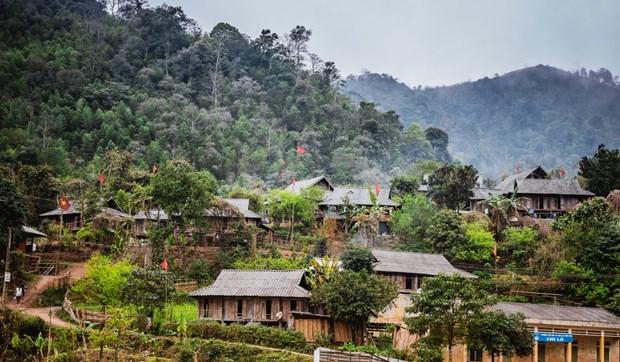 Lung Van, une immersion paisible dans la culture Muong a Hoa Binh hinh anh 1