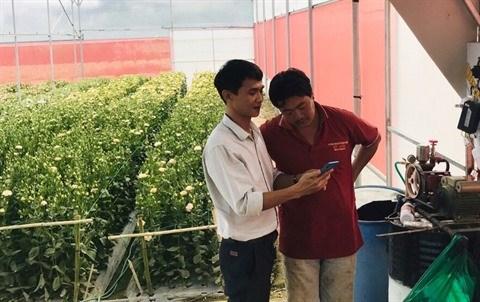 Un jeune homme remporte le succes avec ses solutions agricoles intelligentes hinh anh 1