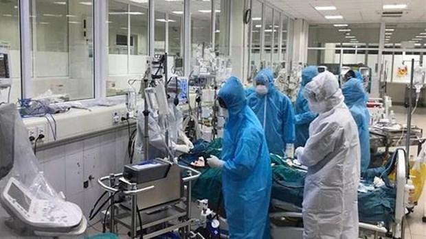 COVID-19: 82 patients avec un pronostic tres severe hinh anh 1