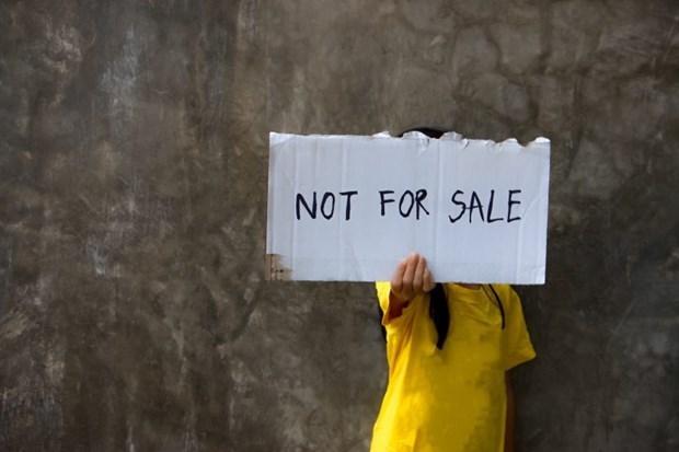 L'ambassade du Vietnam met en garde contre la traite d'etres humains au Cambodge hinh anh 1