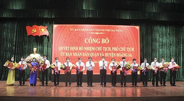 Nomination du premier vice-president du Comite populaire du district insulaire de Hoang Sa hinh anh 1