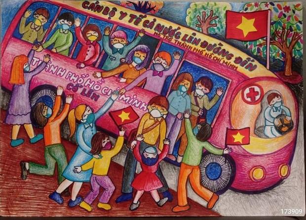 """70.000 peintures d'enfants """"Croire au Vietnam"""" contribuent au Fonds de vaccins anti-COVID-19 hinh anh 4"""