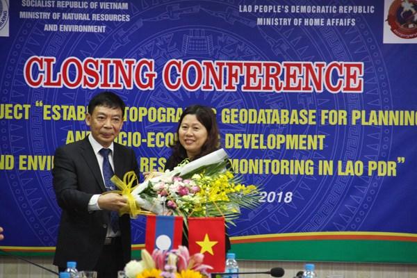 Le Vietnam aide le Laos dans la creation d'une base de donnees geographique hinh anh 1
