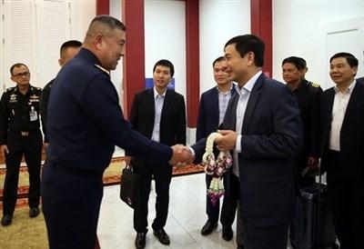Une delegation militaire vietnamienne entame sa visite officielle en Thailande hinh anh 1