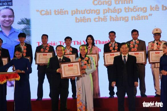 Remise du Prix de l'innovation de l'Union de la jeunesse communiste Ho Chi Minh hinh anh 1