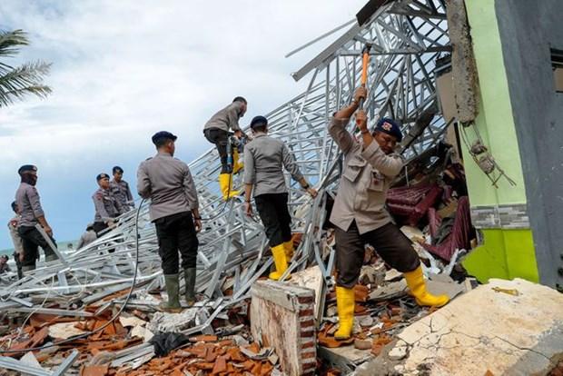 Tsunami en Indonesie : Le bilan est actuellement de 373 morts hinh anh 1