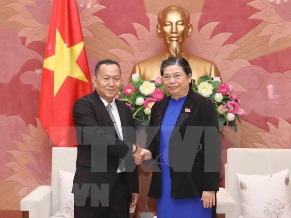 Une delegation de l'agence de presse laotienne KPL en visite au Vietnam hinh anh 1