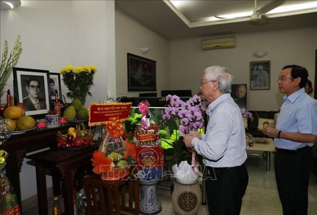 Anniversaire de la fondation du PCV : hommage aux anciens dirigeants hinh anh 1