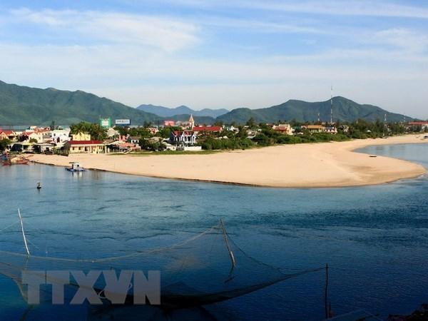 Thua Thien-Hue: Plus de 2.100 milliards de dongs pour un complexe touristique cotier hinh anh 1