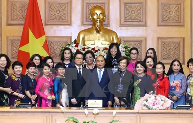 Le Premier ministre apprecie le role des femmes d'affaires du Vietnam hinh anh 1