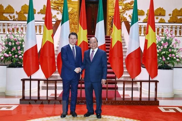 Vietnam-Italie : entretien entre les deux Premiers ministres hinh anh 2