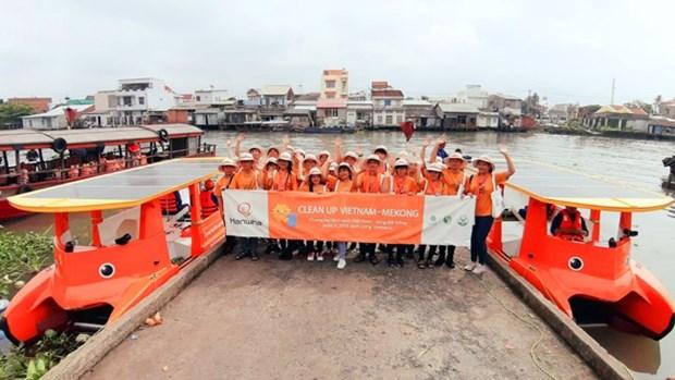Le groupe sud-coreen Hanwha aide a nettoyer le Mekong hinh anh 1