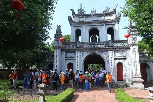 Hanoi accueille pres de 14,4 millions de visiteurs depuis le debut de l'annee hinh anh 1