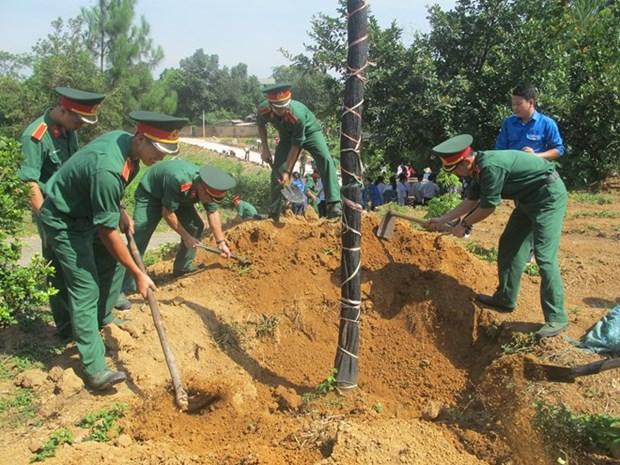 Des amoureux de Hanoi se reunissent pour la protection de l'environnement hinh anh 1