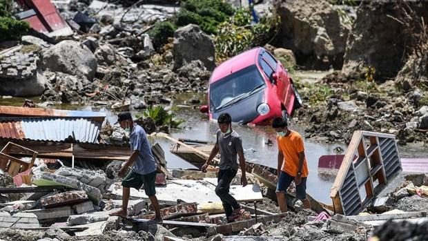 Indonesie : alerte au tsunami enlevee apres un seisme de magnitude 6,9 hinh anh 1