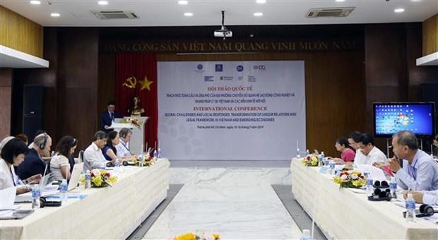 Seminaire international sur les relations de travail au Vietnam hinh anh 1