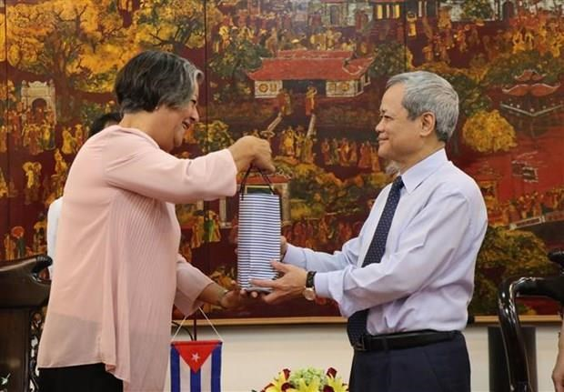 Bac Ninh partage ses experiences en matiere de travail et d'emploi avec Cuba hinh anh 1