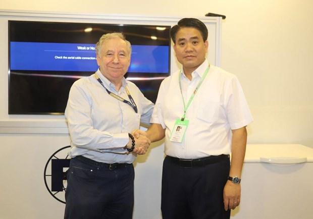 Hanoi etudie les experiences singapouriennes en matiere d'organisation d'un Grand Prix de F1 hinh anh 1