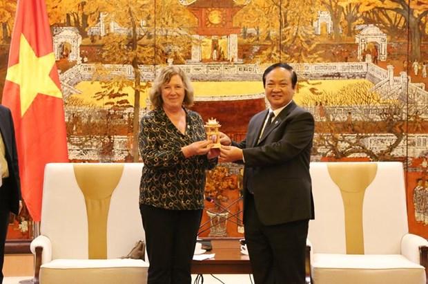 Hanoi souhaite cooperer avec des localites et entreprises francaises hinh anh 1