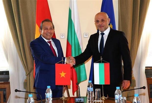 Le Vietnam attache de l'importance au developpement de ses relations avec la Bulgarie hinh anh 1