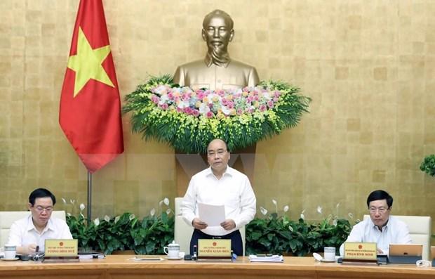 PM : poursuivre les reformes pour promouvoir la production et le commerce hinh anh 1
