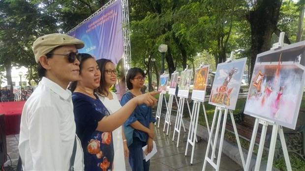 Diverses activites en l'honneur du 65e anniversaire de la liberation de la capitale Hanoi hinh anh 2