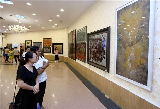 Diverses activites en l'honneur du 65e anniversaire de la liberation de la capitale Hanoi hinh anh 3