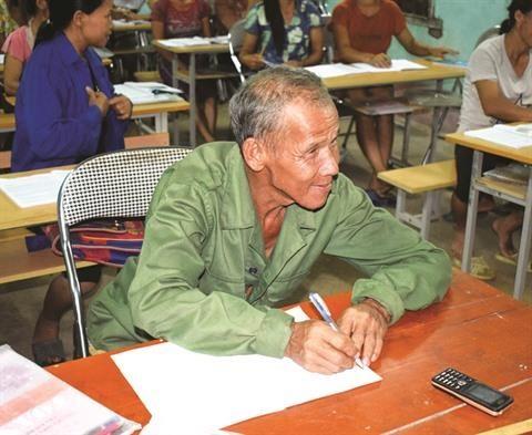 Quang Ninh : l'alphabetisation a Binh Lieu, un engagement pour l'avenir hinh anh 1