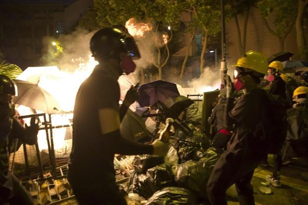 Face aux manifestations a Hongkong, des etudiants vietnamiens evacues hinh anh 1