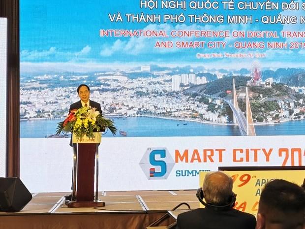 Conference internationale sur la transformation numerique et les villes intelligentes a Quang Ninh hinh anh 1
