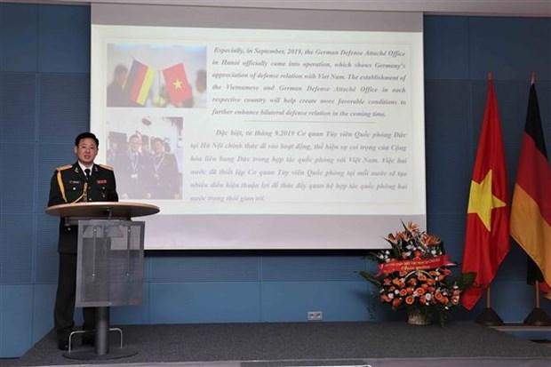 Le 75e anniversaire de la fondation de l'Armee populaire du Vietnam celebre en Malaisie et en Allema hinh anh 1