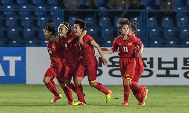 Football feminin : le Vietnam se classe au 32e rang mondial hinh anh 1