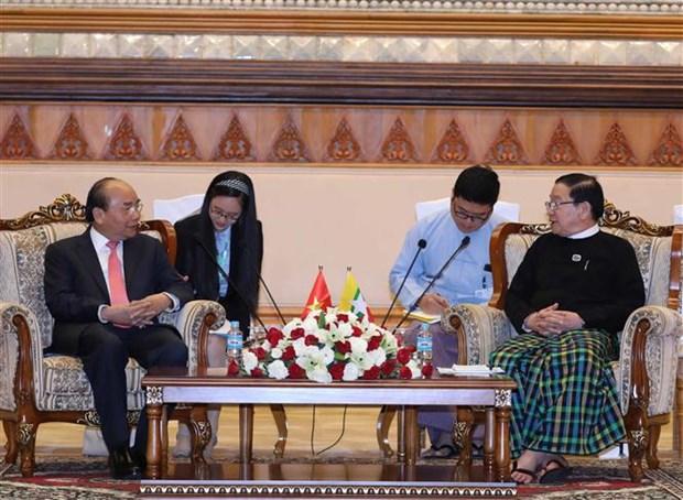 Le PM Nguyen Xuan Phuc rencontre le president de la Chambre des representants du Myanmar hinh anh 1