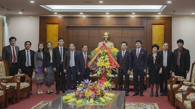 Une delegation laotienne adresse ses vœux de Nouvel An lunaire a Hoa Binh hinh anh 1