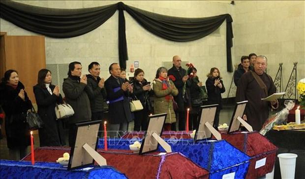 Ceremonie commemorative des victimes vietnamiennes d'un incendie a Moscou hinh anh 1