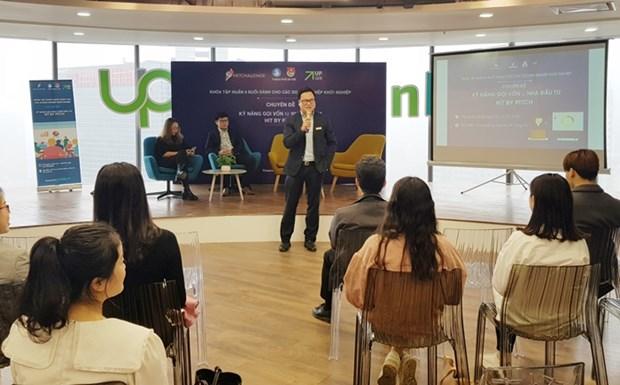 Hanoi lance une formation destinee aux jeunes start-up hinh anh 1