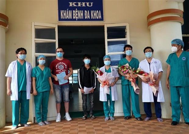 COVID-19 : trois nouveaux patients a Quang Ngai et a Da Nang sont gueris hinh anh 1