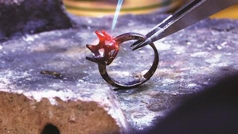 Un artisanat en or se perpetue a Quang Ninh hinh anh 2