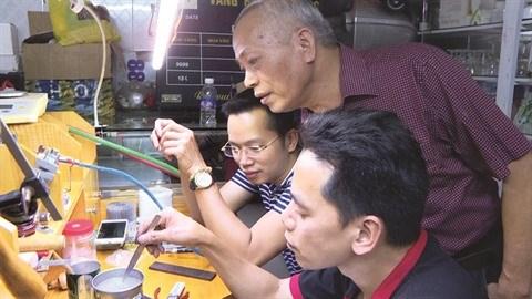 Un artisanat en or se perpetue a Quang Ninh hinh anh 3