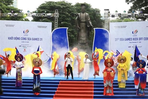 Ceremonie de lancement des SEA Games 31 a Hanoi hinh anh 1