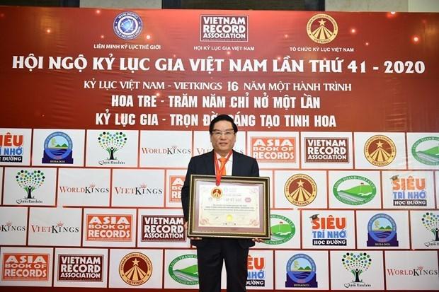 La ceremonie de salut au drapeau national de Biendong POC etablit un record de Guinness Vietnam hinh anh 3