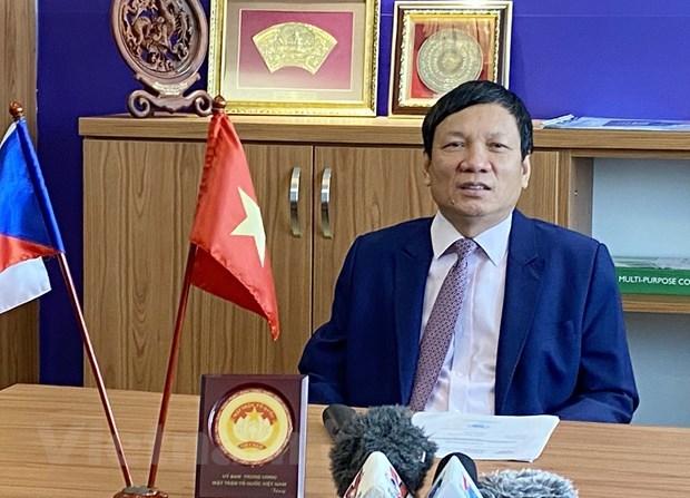 Les Vietnamiens en R. tcheque s'attendent a un nouveau jalon au 13e Congres du Parti hinh anh 1