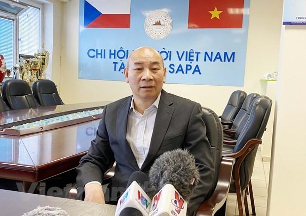 Les Vietnamiens en R. tcheque s'attendent a un nouveau jalon au 13e Congres du Parti hinh anh 2