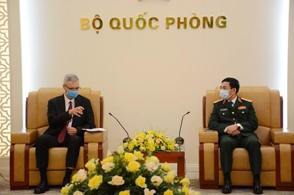 Le Vietnam et la France renforcent leur cooperation dans la defense  hinh anh 1