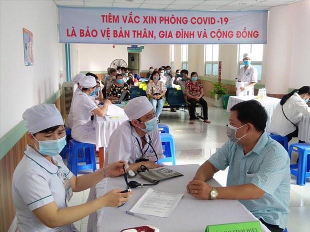 COVID-19 : accelerer la vaccination dans la ville de Phu Quoc pour rouvrir le tourisme hinh anh 3