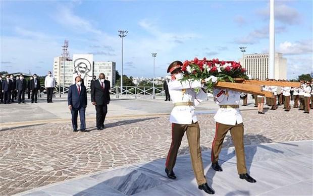 Ceremonie d'accueil en l'honneur du president Nguyen Xuan Phuc a Cuba hinh anh 6