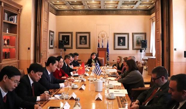 Hanoi souhaite elargir sa cooperation avec l'Egypte, la Grece et les Emirats Arabes Unis hinh anh 1