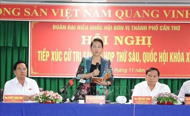 La presidente de l'AN Nguyen Thi Kim Ngan rencontre des electeurs de Can Tho hinh anh 1