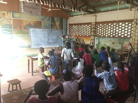 Des soldats-enseignants vietnamiens en Centrafrique hinh anh 1