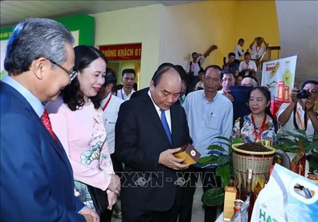 Le PM participe a la conference de promotion des investissements a An Giang hinh anh 1